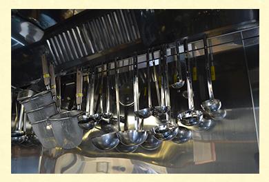 ラーメン屋さんの厨房を再現している製麺屋です!